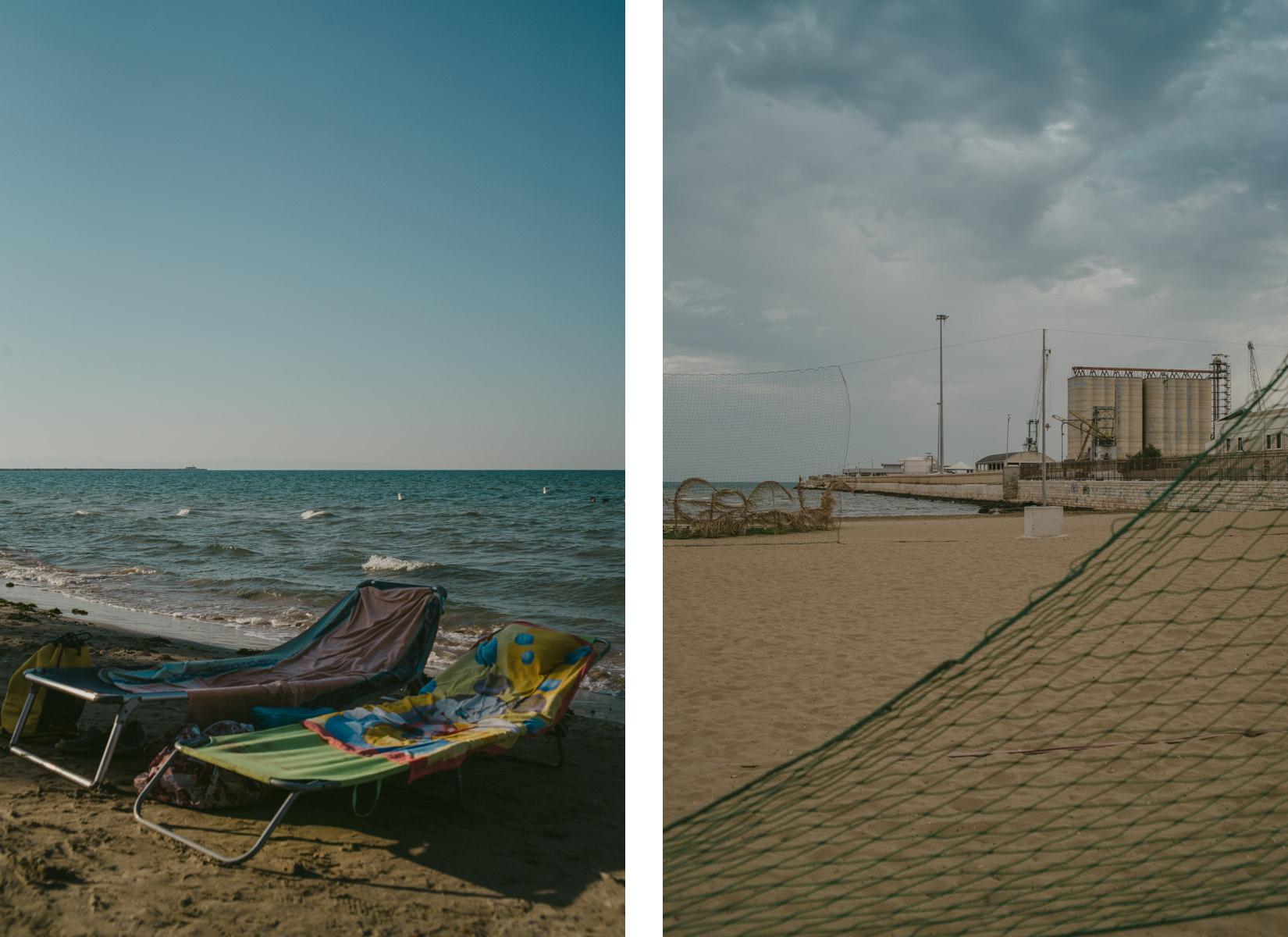 Un dittico con delle sdraio sulla spiaggia a Barletta e una rete - a diptych of images taken on a solitary beach in barletta with beach chairs and a net