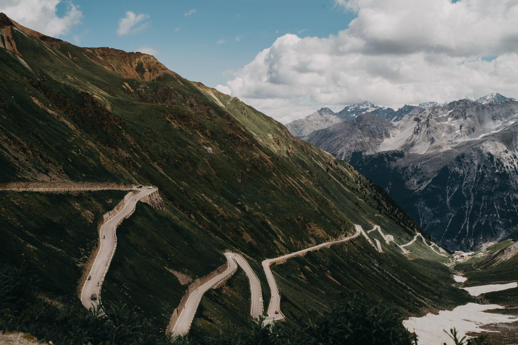 Stelvio pass road, la strada piena di tornanti del passo dello Stelvio